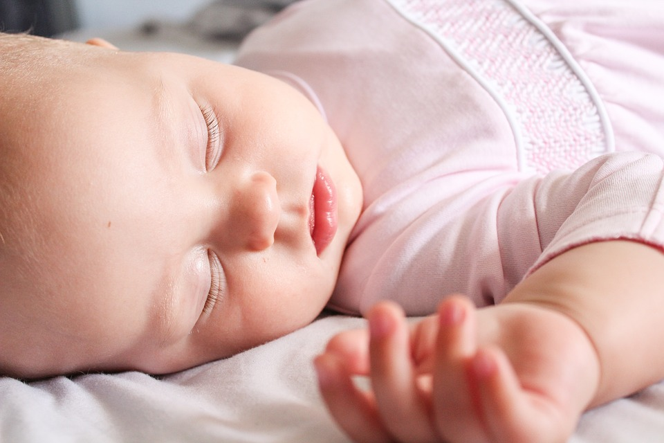 Parents should be more careful when putting their babies to sleep.