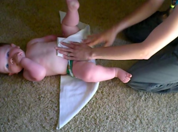 Flat diapers are the most basic ones. [Image Credit: Chana Putnam / Youtube]